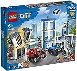 LEGO60246CityPolizeistation,Bausetmit2Trucks,Leucht-undSound-Steinen,DrohneundMotorrad
