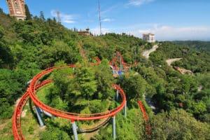 Auch Nervenkitzel gibt es im Freizeitpark.