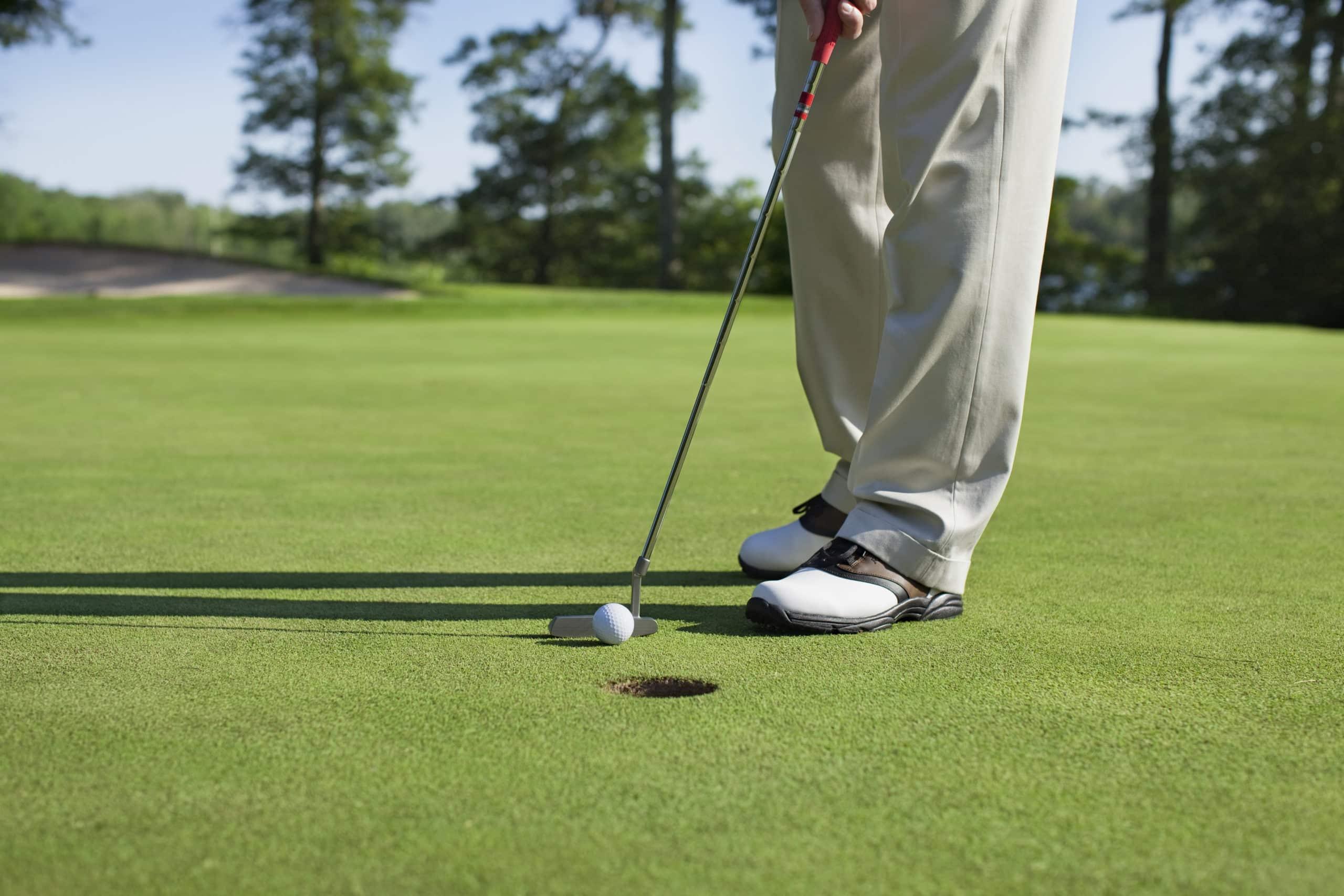 Golf entspannt. Von Beginn an sollte die passende Ausrüstung nicht fehlen.