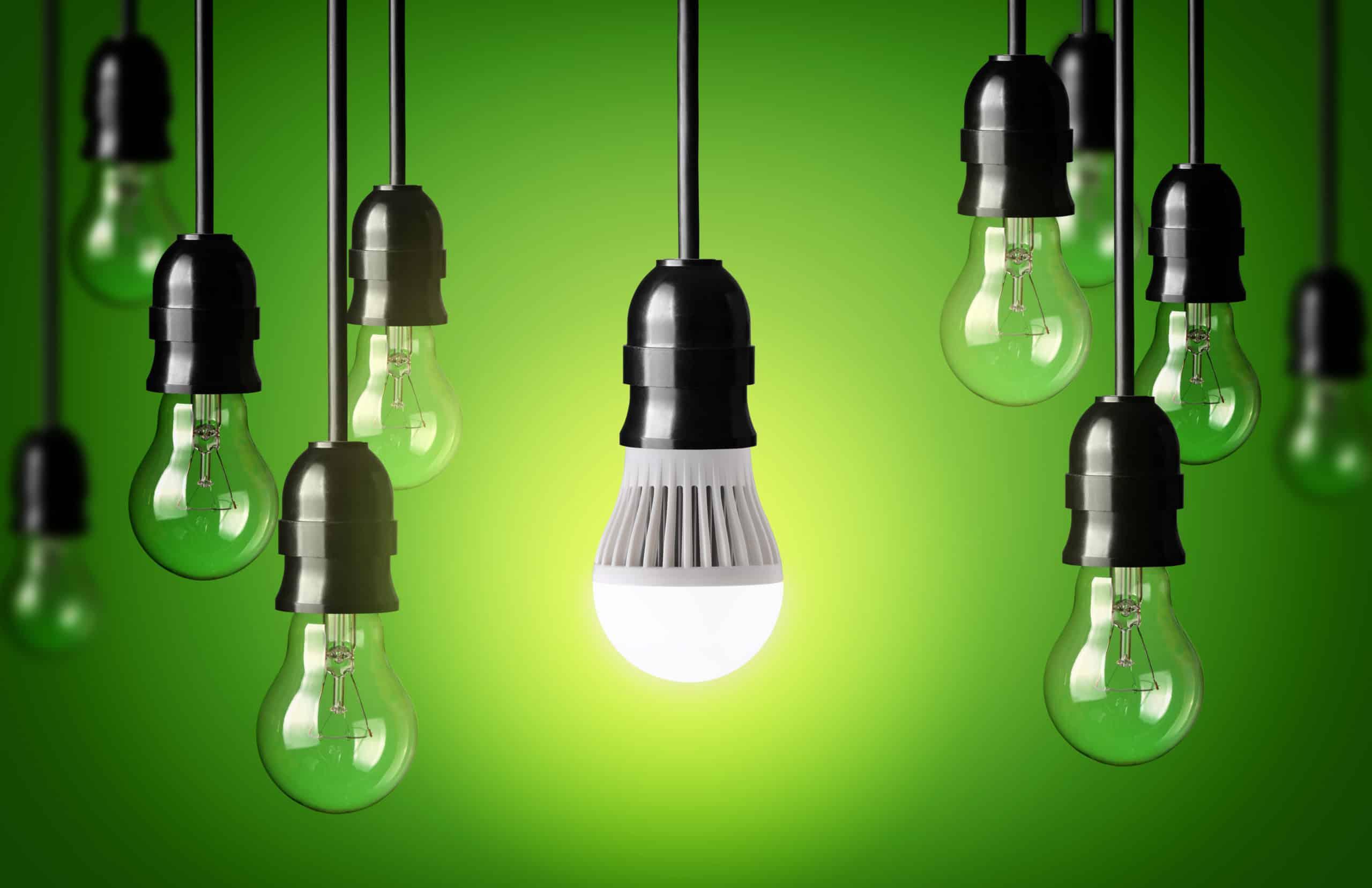 """Dass es bei uns rund um die Uhr hell sein kann, haben wir Thomas Alva Edison zu verdanken, dem """"Vater"""" der Leuchtmittel. Foto: chones via Envato"""