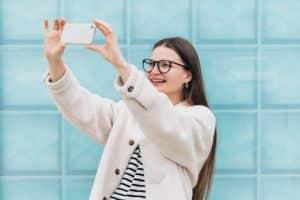 Mit dem richtigen Konzept können Blogger über Instagram Geld verdienen. Foto: twenty20photos via Envato