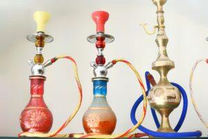 Shisha Rauchen unter Freunden kann entspannend und sozial sinnvoll sein. Foto spencerpa440 via Twenty20.